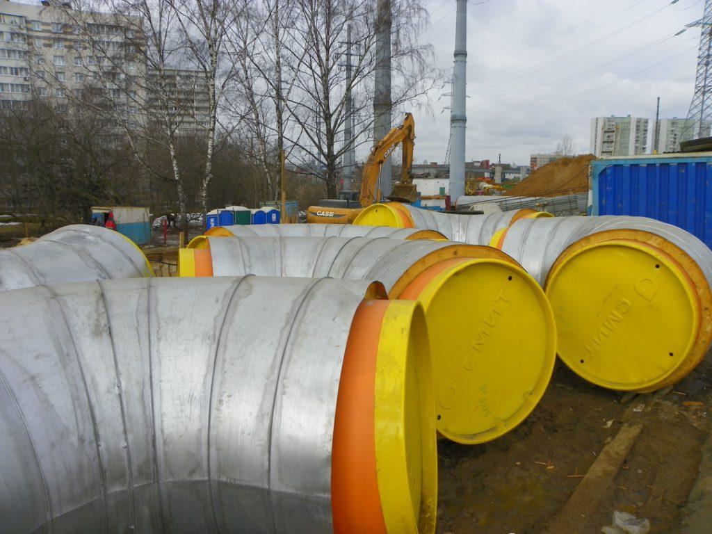 Трубы ППУ ОЦ на объекте строительства